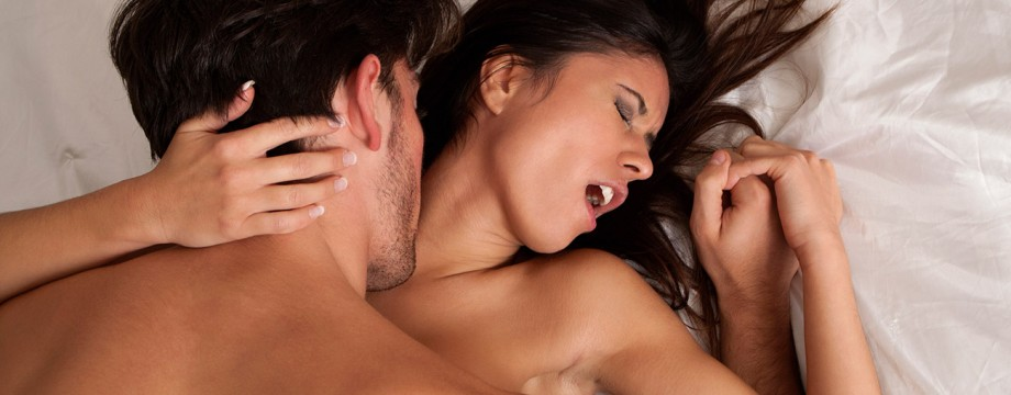 How To Have Amazing Sex By Combining Seduction & Sexual Escalation With Communication and Consent!